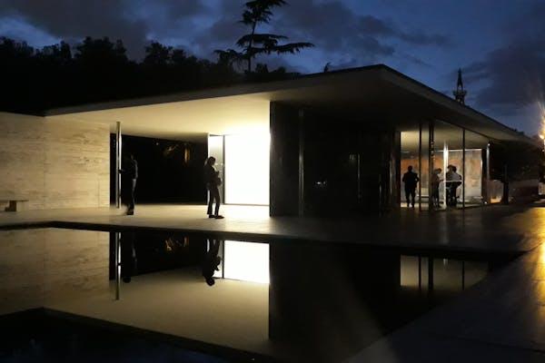 Barcelona Paviljoen van Mies Van der Rohe – Foto: Sam Steverlynck