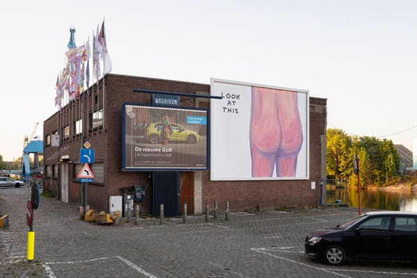 David Shrigley – Look at this, 2020. Billboard Series #19, Gent. © artlead.net (installatiebeeld: Michiel De Cleene)