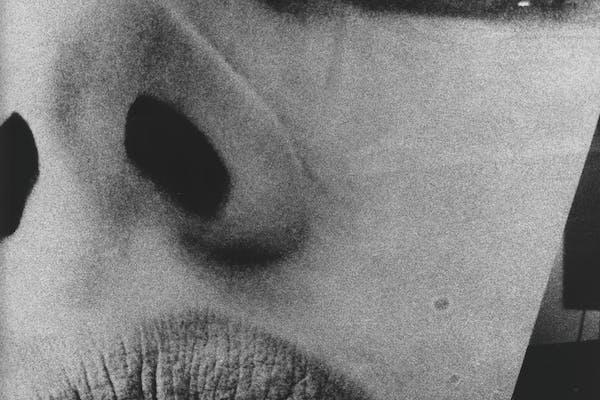 """Daido Moriyama, zonder titel (""""lips"""") , 1964, courtesy Stieglitz 19"""