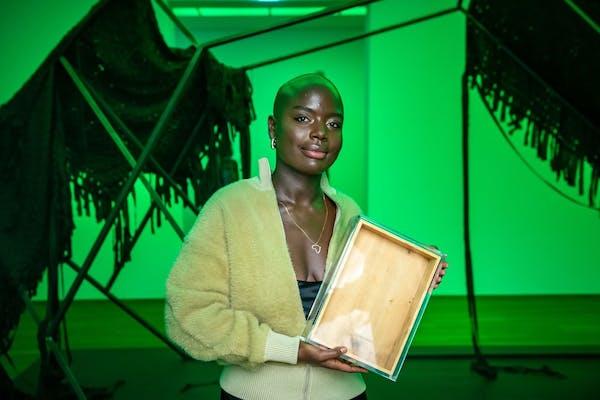 Sandra Mujinga, foto Benjamin Pritzkuleit